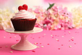 Cupcake for Valentine Day — Stock Photo