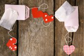 Heart shaped teabag tags — Stock Photo