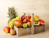 ассортимент экзотических фруктов — Стоковое фото