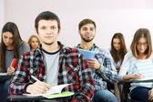 Studenti v učebně — Stock fotografie