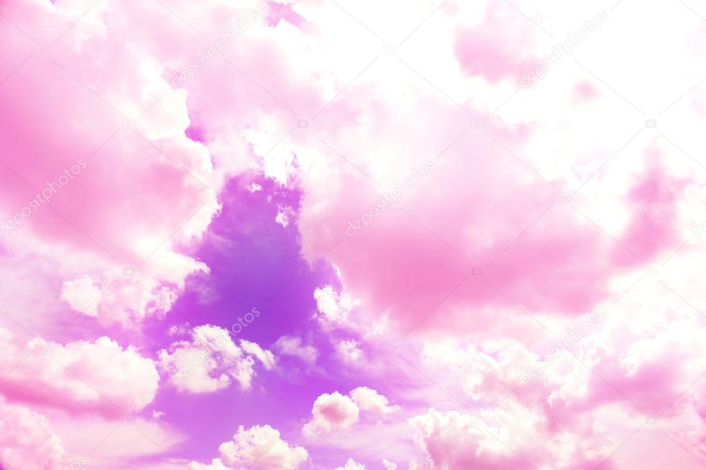 Fondo Violeta Cielo Con Nubes Rosas