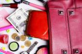 Ladies handbag and things with accessories of it isolated on white — Foto de Stock