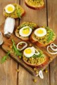 Sandwiches with green peas paste — Stok fotoğraf