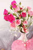 Beautiful roses in vase — Stock Photo