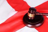 Wooden gavel on England flag background — Stock Photo