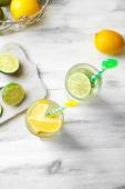 Cocktails with fresh citrus fruits on wooden background — Foto de Stock