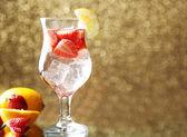 Glass of freshness lemonade with strawberries — Stockfoto