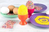 Decoration Easter eggs with colorful beads — Stock Photo