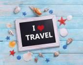 Travel inscription on wooden background — Fotografia Stock