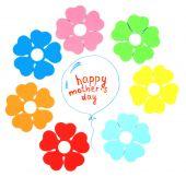Šťastný den matek zpráva napsaná na papíře a dekorativní květiny izolovaných na bílém — Stock fotografie