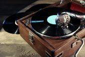 Gramophone with vinyl record — Stock Photo
