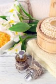 Spa still life with flower on wooden table, closeup — Stock Photo