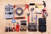 Sada nástrojů na překližce, pohled shora — Stock fotografie