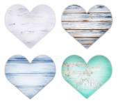 Деревянные сердца, изолированные на белом фоне — Стоковое фото