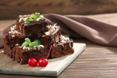 Delicious chocolate cakes on table close-up — Stock Photo