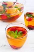 Poncz owocowy w szkło — Zdjęcie stockowe