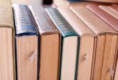 Pile de livres se bouchent — Photo
