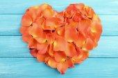 Beautiful heart of rose petals — Stock Photo