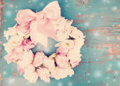 Hermosa corona de flores — Foto de Stock