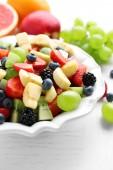 Fresh fruit salad — Stock Photo