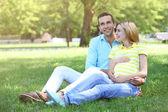 孕妇与丈夫 — 图库照片