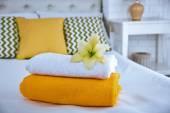 Acabados de lavar toalhas felpudas — Fotografia Stock