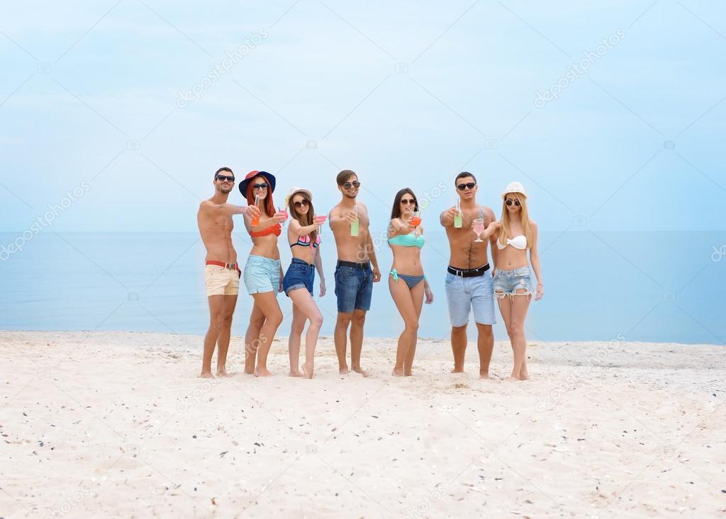 Фотографии красивых людей на пляже фото 324-940