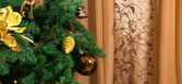Christmas decorations on a Christmas tree. — Stock Photo
