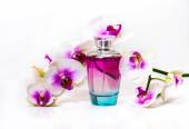 Orchid flowers and perfume. — Foto de Stock
