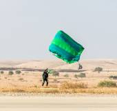 Athlete landed safely by parachute  — Stock Photo
