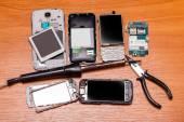 Broken phones  — Stock Photo