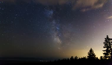 Time Lapse Movie of Milky Way with Moving Clouds and Shooting Stars at Night from Larch Mountain in Portland Oregon 1080p — Stock Video