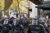 Portland Police Controlling Occupy Portland Protesters in Downto — Stock Photo