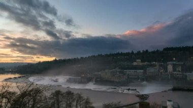 Time Lapse Movie of Sunset at Willamette Falls on Willamette River between Oregon City and West Linn, Oregon on a Dark Stormy Evening 1080p — Stock Video