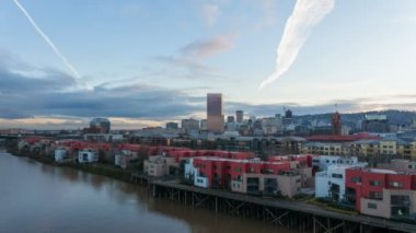 Time Lapse Movie of Moving Clouds Over Downtown City Condominiums Apartments and Office Buildings along Willamette River in Portland Oregon at Sunset 1080p — Stock Video