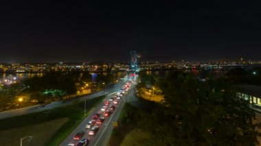 Ultra High Definition 4k Movie Time Lapse of Long Exposure Auto Traffic Light Trails on Historical Hawthorne Bridge Over Willamette River in Portland Oregon at Night During Peak Hour 4096x2160 — Stock Video