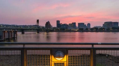 UHD 4k Time Lapse Movie of Sunset Over Downtown City Skyline along Willamette River in Portland Oregon 4096x2304 — Stock Video