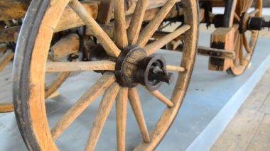 古い木製の車輪 — ストックビデオ