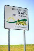 The people of Iowa welcome you Sign — Stock Photo