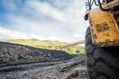 Obrovské stroje používané k uhlí výkopu — Stock fotografie