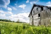 Verlassenes Holzhaus — Stockfoto
