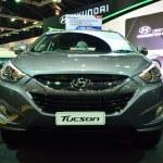 ������, ������: NONTHABURI DECEMBER 1: Hyundai Tucson SUV car display at Thail