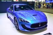Nonthaburi - 1 December: Maserati Granturismo bil display på Tha — Stockfoto