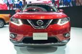 NONTHABURI - DECEMBER 1: New Nissan x-trail, SUV car display at  — Stockfoto