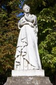 Statue of Marguerite d'Angouleme in Paris — Stock Photo
