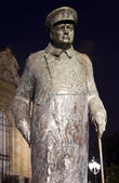 Sir Winston Churchill Statue in Paris — Stock Photo