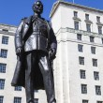 Hugh Trenchard Statue in London — Stock Photo #70941051