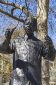 Nelson Mandela Statue in Parliament Square, London — Stock Photo