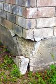 House Foundation Damage — Stock Photo