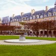 Retro look Place des Vosges Paris — Stock Photo #55628297